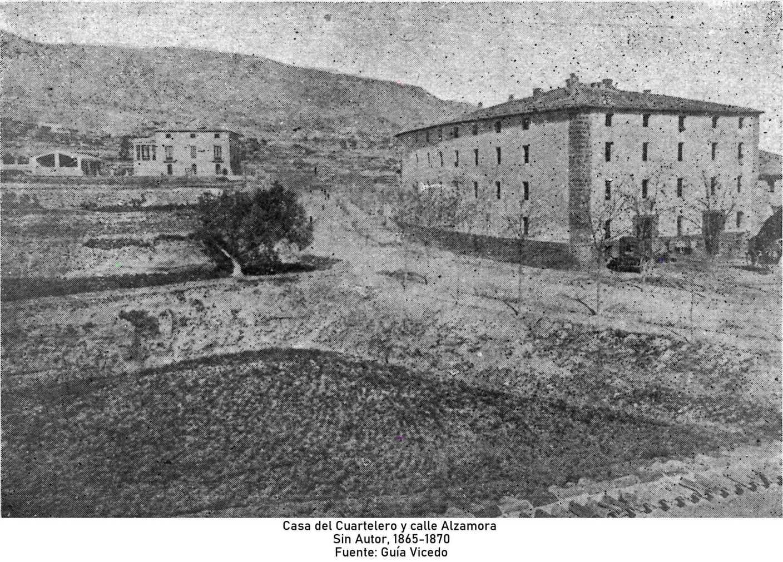 Casa del Cuartelero y calle Alzamora